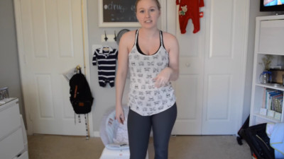 S2015E52 - AT HOME EXCERSISES WITH BABY! VLOGMAS DAY 10